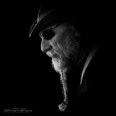 The Wizard (JP Defay) Tags: portrait portraiture oldtimer people noir homme lowkey photos monochrome man beard barbe barbu bearded fond black white noiretblanc ritratto