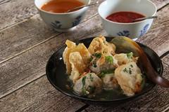 Bakwan Malang / Meatballs and Fried Wontons Soup (Miel Photopgraphy) Tags: bakwan meatballsoup beefbroth meatball wonton beancurd tahubaso siomay baso siomaygoreng basogoreng indonesianfood malang surabaya eastjava indonesia peranakanfood streetfood comfortfood