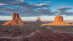 Monument Valley (Star Wizard) Tags:
