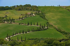 Way up - La Foce (Captures.ch) Tags: 2017 black blue brown capture cypresses farm foce gray green hills house italy lafoce landscape may morning nature olives orange red sky spring trees tuscany valdorcia white wine