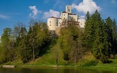 lake & castle - Trakošćan (26) (Vlado Ferenčić) Tags: lakes laketrakošćan castleschurches castles castletrakošćan zagorje hrvatska hrvatskozagorje nikond600 tamron287528 vladoferencic vladimirferencic cloudy clouds sky