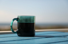 morning_tea_5Div1807 (cold_penguin1952) Tags: tea cup mug beach morning