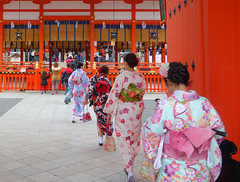 Fushimi Inari Shrine (Kaeko) Tags: fushimiinari shrine fushimiinaritaisha kyoto japan travel trip holiday vacation people kimono
