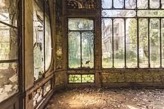 (Kollaps3n) Tags: abandoned villa decay urbex abbandono urbanexploration italy nikon tokina