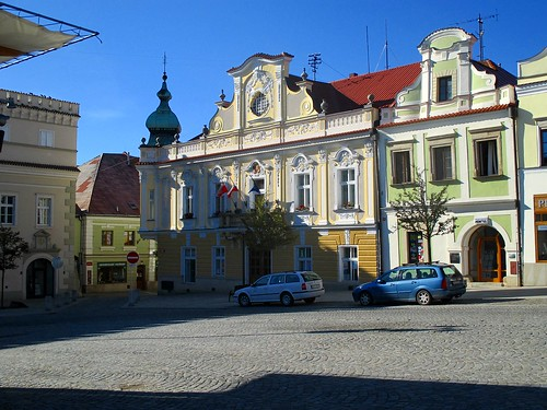 Havlíčkovo náměstí - městský úřad