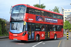 Metroline VWH2219 LK16HZM (Will Swain) Tags: seen harrow bus station 29th april 2017 greater london capital city south east buses transport travel uk britain vehicle vehicles county country england english metroline vwh2219 lk16hzm