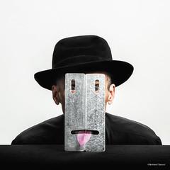 Volte face (bertrand taoussi) Tags: selfportrait egoportrait autoportrait sureal humor artwork