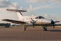 Embraer EMB-121AA Xingu (Przemyslaw Burdzinski) Tags: embraer emb121aa xingu french air force 105yu raf northolt egwu nht 01062017