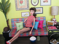 Popcorn (Wandy in Pensacola) Tags: barbie vintage repro repaint frankendolly mattsutton matthewsutton dreamhouse 1962 dollhouse dollshouse one sixth scale playscale diorama miniature doll bambola poupee puppe pop docka boneca muñeca casademuñeca throw pillows