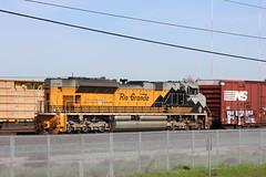 IMG_7593 (CONSTRUCTIVE DESTRUCTION) Tags: graff graffiti train boxcar tag streak piece moniker rio grande engine unit