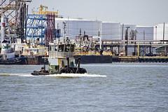 r_170519083_whcedu_a (Mitch Waxman) Tags: educationtour killvankull newjersey newyorkcity newyorkharbor nywaterways statenisland tugboat workingharborcommittee newyork
