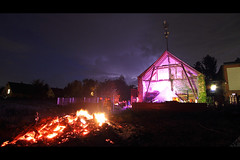 * (Henrik ohne d) Tags: eos7d efs1022mm easter easterbonfire bonfire party lightning thunderstorm electricalstorm brehna brehnanet project66 osterfeuer may2017