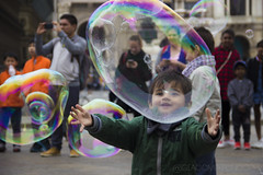 Bubble Kid (@giacomozoncoph) Tags: kid bambino bubble bubbles milan youth innocence colors bolle