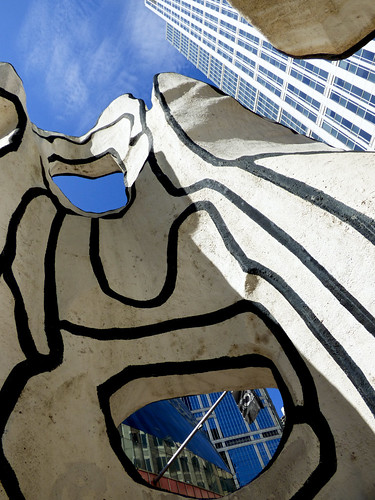 Chicago - loop, James R Thompson building - sculpture by Dubuffet (5)