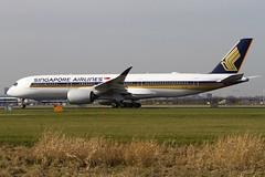 9V-SMH, Airbus a350-941, Singapore Airlines (Freek Blokzijl) Tags: singaporeairlines airbusa350 aviation amsterdamairport schiphol planespotting ams eham lineup aalsmeerbaan