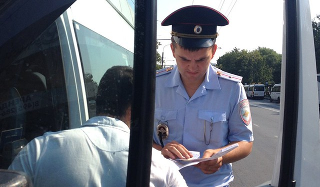Иностранцы без русских прав с1июня несмогут работать водителями