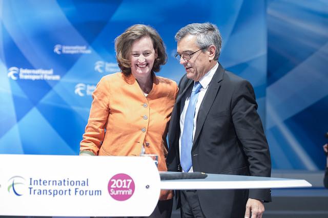 Mary Crass with José Viegas