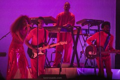 "Solange - Primavera Sound 2017 - Jueves - 4 - M63C5227 • <a style=""font-size:0.8em;"" href=""http://www.flickr.com/photos/10290099@N07/34918249171/"" target=""_blank"">View on Flickr</a>"
