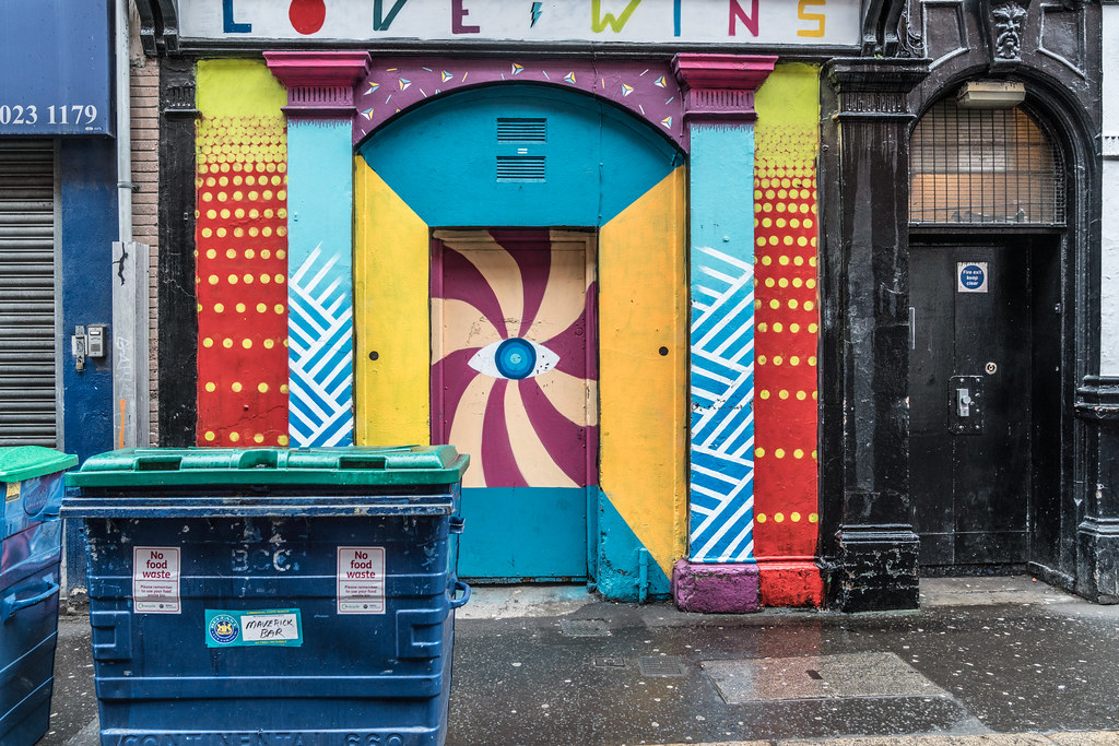 STREET ART AND GRAFFITI IN BELFAST [ANYTHING BUT THE FAMOUS MURALS]-129135