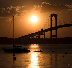 Fat Old Sun (@archphotographr) Tags: ©hassanbagheri ©hbarchitectural archphotographr newport rhodeisland ri newengland architecture nature bridge sunset sun boat warm color canoneos5dmarkiii canonef70300mmf456isusmii ef70300mmf456isusmii claibornepellnewportbridge newportbridge claibornepellbridge turtleisland ©hbarchitecturalphotography
