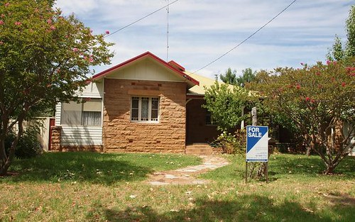 74 Larmer Street, Narrandera NSW