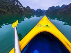 halongbay- kayaking