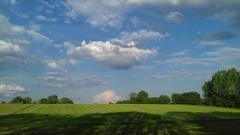 Im Wonnemonat Mai (ღ eulenbilder - berti ღ) Tags: himmel wiese feld blau grün wolken weiss schatten münsterland