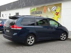 Toyota Sienna (harry_nl) Tags: germany deutschland 2017 bonn toyota sienna