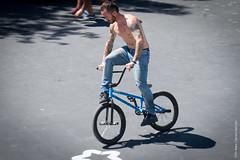 FISE Montpellier (Rebe Cabrera Galindo) Tags: bmxfreestyleflatpro sportextreme montpellier fise freestyle street riders bmx flat shadow bici