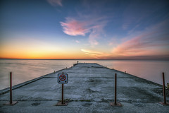 No Parking @ Dyers Bay, Ontario, Sunrise (angie_1964) Tags: dyersbay ontario canada sunrise dock water nikond800e longexposure signs color colour noparking
