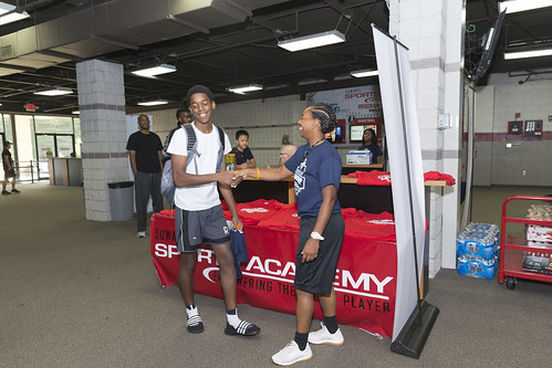 """170610_USMC_Basketball_Clinic.043 • <a style=""""font-size:0.8em;"""" href=""""http://www.flickr.com/photos/152979166@N07/34478870463/"""" target=""""_blank"""">View on Flickr</a>"""