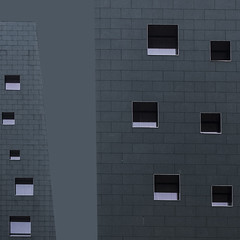 dark (zecaruso) Tags: rho milano hotel nh fiera cielo sky nikond300 zecaruso zeca ze ze² zequadro cicciocaruso