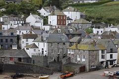 Port Isaac, Cornwall (Mukumbura) Tags: portisaac cornwall kernow fishing village platt harbour houses buildings docmartin
