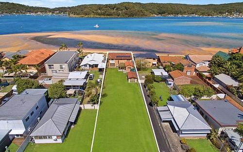 264 Booker Bay Rd, Booker Bay NSW 2257