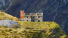 Casa dei Pisani. (pietroguidetti) Tags: sentiero8 pisani apuane luccica