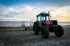 Tractor - Part One (Ash' Burnham) Tags: bridge hull hull2017 yorkshire bridges beach beaches pretty beautiful red colourful tractor tractors sunset golden hour transport vehicle river humber hessle hessleforeshore humberbridge