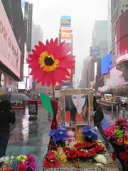 Alyssa Elsman RIP Memorial - Times Square 2017 NYC 6371 (Brechtbug) Tags: alyssa elsman rip memorial times square closed due car accident 5252017 nyc one dead 22 injured crashes into pedestrians 45th street broadway image taken from 42nd 2017 may 18 new york city 18th temporary