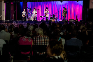 Hoo8Hoo live at the Pavilion Gympie