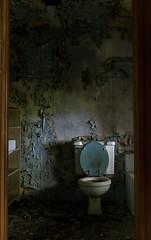 IMG_7387 (The Dying Light) Tags: abandonedhouse abandonedplaces abandonedmaryland urbanexplorationphotography urbanexploration urbanexploring 2017 abandoned decay urbex