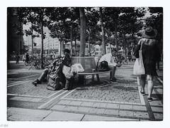 Frankfurt - Zeil - Streetlive (michaelhertel) Tags: frankfurt germany deutschland zeil bw sw monochrome street people