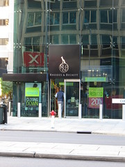 Rhodes & Beckett on Grenfell St closing (RS 1990) Tags: rhodesbeckett grenfellst closing administration sale adelaide southaustralia saturday 3rd june 2017