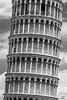 Schiefer Turm von Pisa_MG_7891 (Svenja Kalus) Tags: pisa toskana italien italy tuscany turm torre torrependentedipisa schieferturmvonpisa schwarz weis schwarzweis bw black white monochrome einfarbig tower leaningtowerofpisa