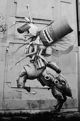 Ludo_6340 rue Pelée Paris 11 (meuh1246) Tags: streetart paris ludo ruepelée paris11 animaux insecte centaure policier cheval