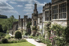 Haddon Hall (TheDavePhotoAlbum) Tags: haddon hall medieval tudor stately home bakewell derbyshire garden architecture