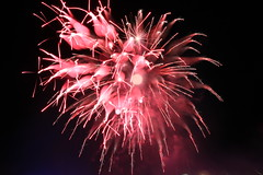 IMG_6474 (18250114) Tags: fireworks niagarafalls longexposure