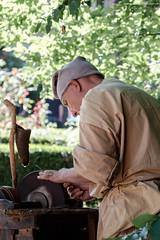 Hard Work 2 (Simone Perico) Tags: hard work reenactors reenactment rievocazione old men crafs craftmen artigiano mestieri antichi people wood legno grindstone affilare fujifilm xt1 18135