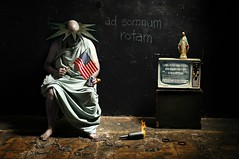 ad Somnum Rotam (Studio d'Xavier) Tags: werehere liberty adsomnumrotam asleepatthewheel statueofliberty 365 june172017 168365 strobist
