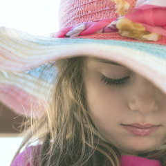 Silenzi di bimba (nicolamarongiu) Tags: portait baby fantasy color flickr
