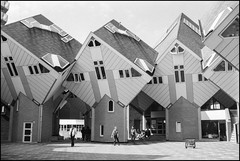 Blaakse Bos (Fotorob) Tags: zuidholland structuralisme blomp woningenenwoningbcomplx nederland architecture paalwoning eengezinswoning analoog city stijl architectura architectuur rotterdam