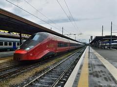 AGV per Napoli (nlovato96) Tags: ntv nuovo trasporto viaggiatori verona brescia napoli alstom agv etr575 agv575